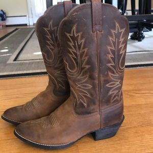 Women's Ariat cowboy boots